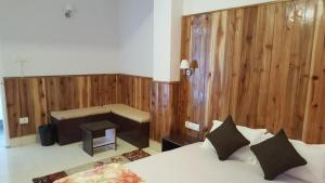 . The Aura- live homely (apartment II) with balcony