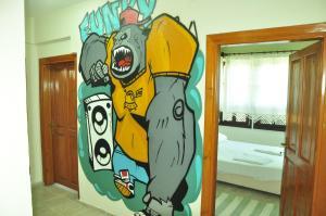 Funky Monkey Antalya Hostel&Pub