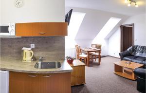 Stunning apartment in Liptovska Topla w WiFi and 1 Bedrooms