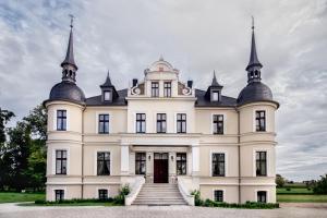 Hotel Pałac w Orli - hotel, restauracja Koźmin Polsko