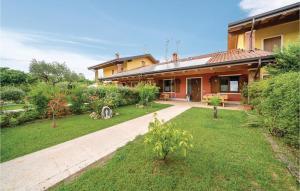Beautiful home in Verona VR w/ WiFi, Outdoor swimm - AbcAlberghi.com