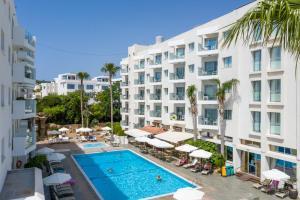 Alva Hotel Apartments, Протарас