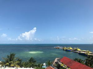 E7 - NUEVO depto en 5to piso con terraza y vista al mar