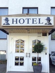 Hostales Baratos - Hotel Zum Stresemann