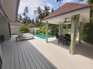 Coconut Palm Pool Villa
