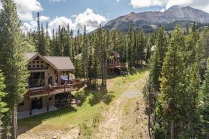 Moonlight Mountain Home 38B Cowboy Heaven - Hotel - Big Sky