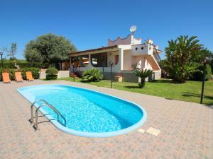 A sunny detached house in a quiet environment clos - AbcAlberghi.com