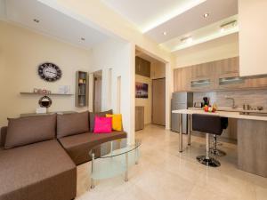 DK mini suites A, 54623 Thessaloniki