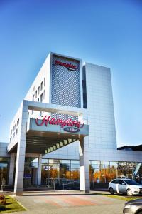 Отель Hampton by Hilton Профсоюзная