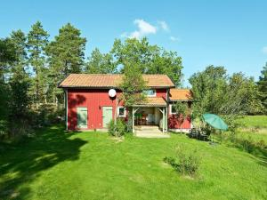 . Two-Bedroom Holiday home in Malmköping