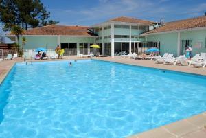 Location gîte, chambres d'hotes Résidence Néméa La Cascade dans le département Charente maritime 17