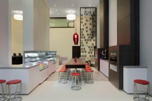 Hyatt Place Dubai Jumeirah Residences