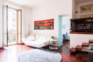 Apartment Copernico, Staz. Centrale with parking - AbcAlberghi.com