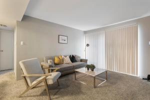 . St. Louis Suite + Private Lake Access