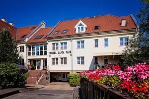 Hotel Lajta Park, Hotely  Mosonmagyaróvár - big - 43
