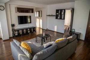 Apartament Tatu bar&grill - Hotel - Otopeni