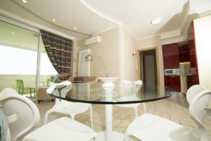 Nero D'Avorio Apartments - AbcAlberghi.com