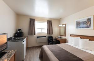 Newmarket Inn, Motels  Newmarket - big - 10