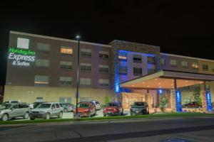 Holiday Inn Express & Suites - Fort Wayne North, an IHG Hotel