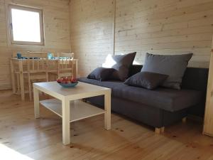 Bungalow with a sunny terrace ideal for 6 people Living room 2 bedrooms