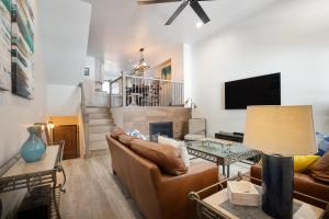 2 BDR Winter Point: Close to Skiing, Hiking & Town