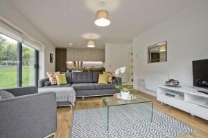 . Great Aberdeen Apartment - Perfect for Business Travel!