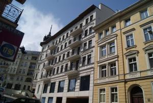 Central Poznan Luxury Apartment