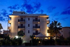 Hotel La Sfinge - AbcAlberghi.com