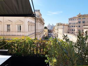 Casa Terrazza Colosseo Rome Italy J2ski