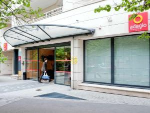 Location gîte, chambres d'hotes Aparthotel Adagio La Défense Le Parc dans le département Haut de seine 92