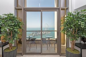 Luxe JBR loft 220Sqm Full Sea View 3 bedroom - Dubai