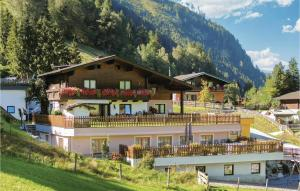 Four-Bedroom Apartment in Rauris