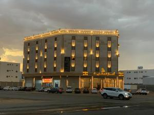 Marom Hotel Apartments Singles Only