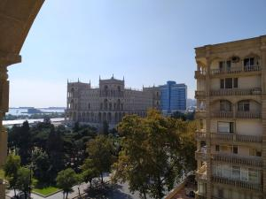 Cute apartment, Apartments  Baku - big - 16