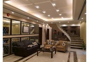 7 Days Hotel Suites