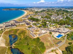 Location gîte, chambres d'hotes Village Club Kerlannic dans le département Morbihan 56