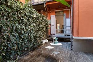 FlatinBo Apartments Stazione Centrale- Lorenzo Cos - AbcAlberghi.com