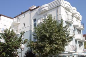 Apartments in Riccione 21400 - AbcAlberghi.com