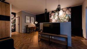 Floral Apartment