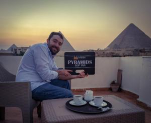 Pyramids Top Inn
