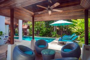 Beachfront Resort Villa Baan Tawan 3BR