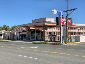 Country Hearth Inn-Winnemucca