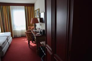 Golden Tulip Hotel West-Ende, Hotels  Helmond - big - 7