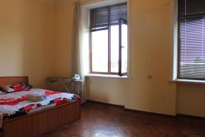 LM Apartment Boulevared Side Wiew, Ferienwohnungen  Baku - big - 5