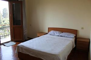 LM Apartment Boulevared Side Wiew, Ferienwohnungen  Baku - big - 12