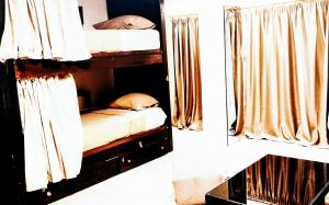 Bed in 6-Bed Dormitory Room (Non Egyptian- Non Arab)