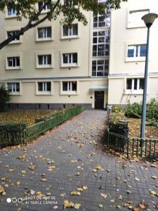 Profil Jana Pawła II Solidarności Avenue Central Warsaw