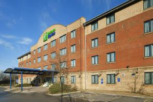 Holiday Inn Express Liverpool-Knowsley, an IHG Hotel