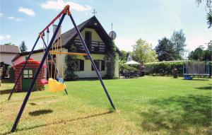 Holiday home Klodawa Santoczno ul Wierzbowa