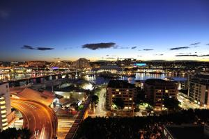 Metro Apartments On Darling Harbour